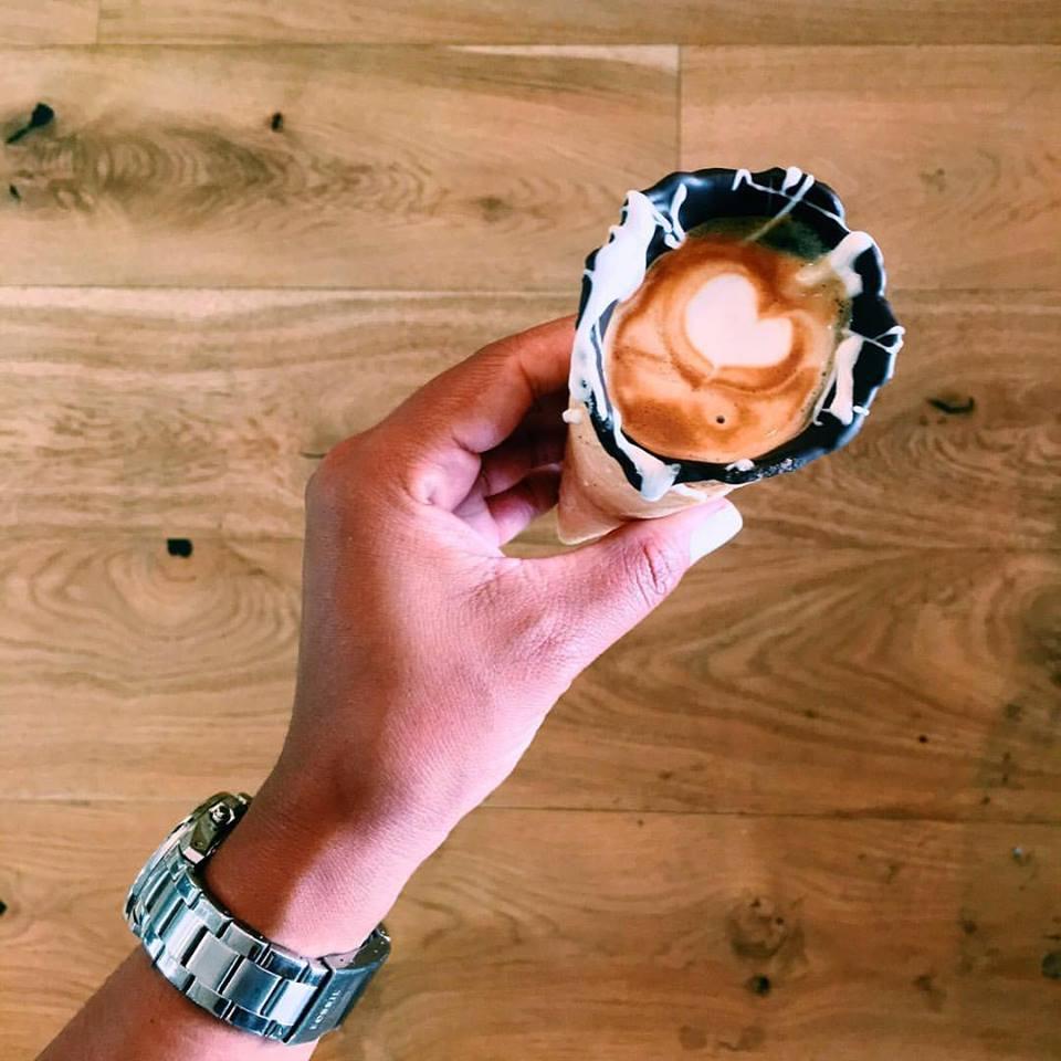 café-cornet-grind-coffee