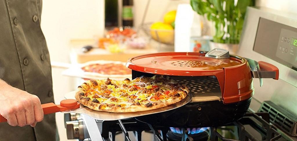four-pizza-poele