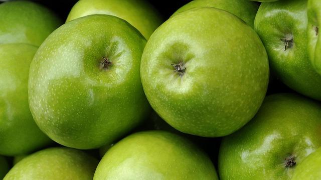 fruit-1227552_640