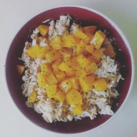 Salade de riz, thon et pêches !