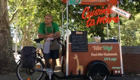 Vélo Végé : des hot-dogs vegan à Toulouse