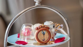 A Londres, on prend le thé façon La Belle et La Bête !