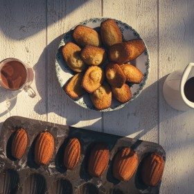Madeleines miel & citron à tremper dans chocolat chaud