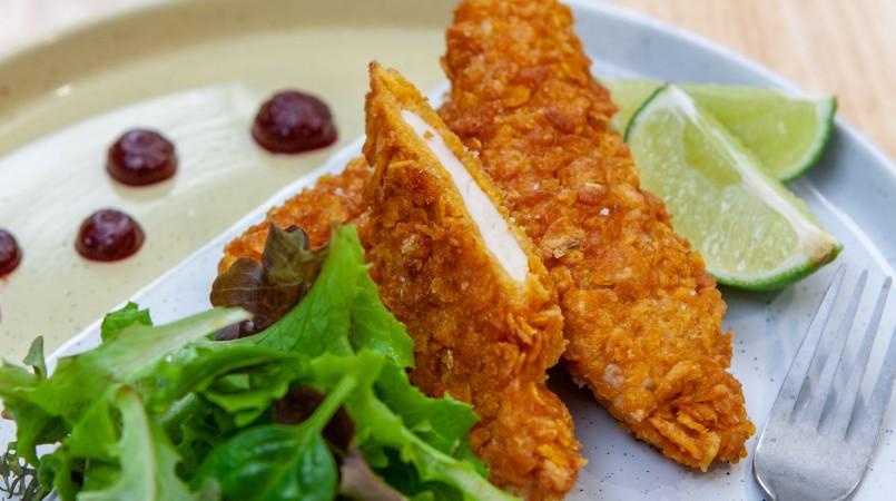 Nuggets de poulet aux corn-flakes & ketchup de betterave