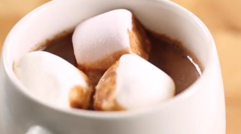 Chocolat Chaud et Chamallow