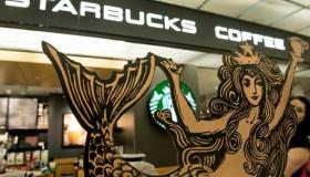Starbucks rend hommage à sa sirène !