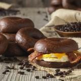 Des bagels au café pour faire le plein d'énergie !