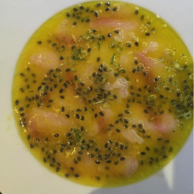 Carpaccio de daurade aux fruits de la passion