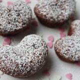 Comment faire des petits gâteaux en forme de cœur sans moule ?