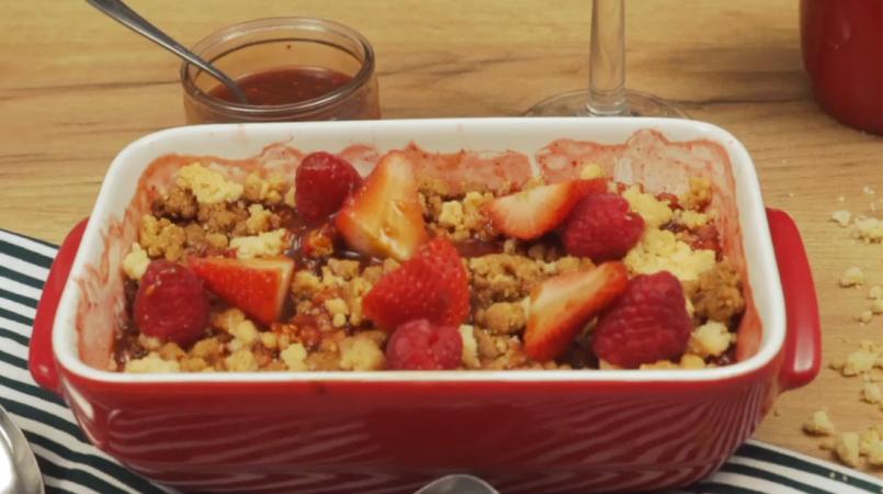 Crumble fraise et framboise CACOLAC