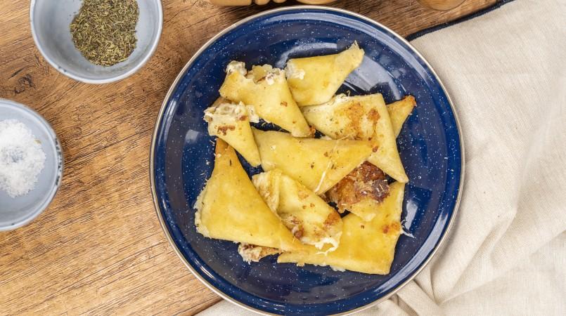 Samossas cheesy
