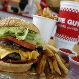 Five Guys débarque en France !