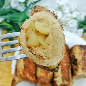 Pain perdu roulé à la pomme fondue & cannelle