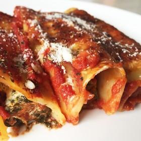 Cannellonis ricotta, épinards et tomates