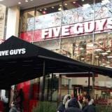 Five Guys : une nouvelle enseigne à Paris, la plus grande du monde !