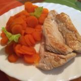 Carottes vichy et son blanc de poulet façon Nounou