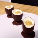 Oeufs à la coque en chocolat