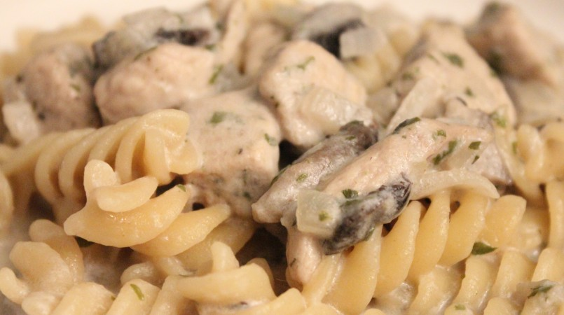 One pot pasta poulet et champignon à la crème