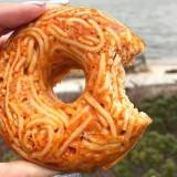 Nouveauté en cuisine hybride : le spaghetti donut !