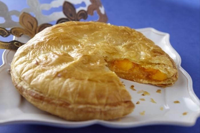 recette-e12299-galette-des-rois-creme-a-la-noix-de-coco-et-mangue-caramelisee